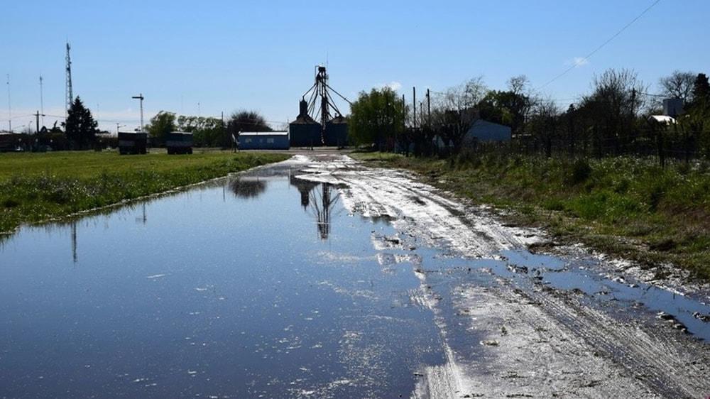 Entrada de campo inundada