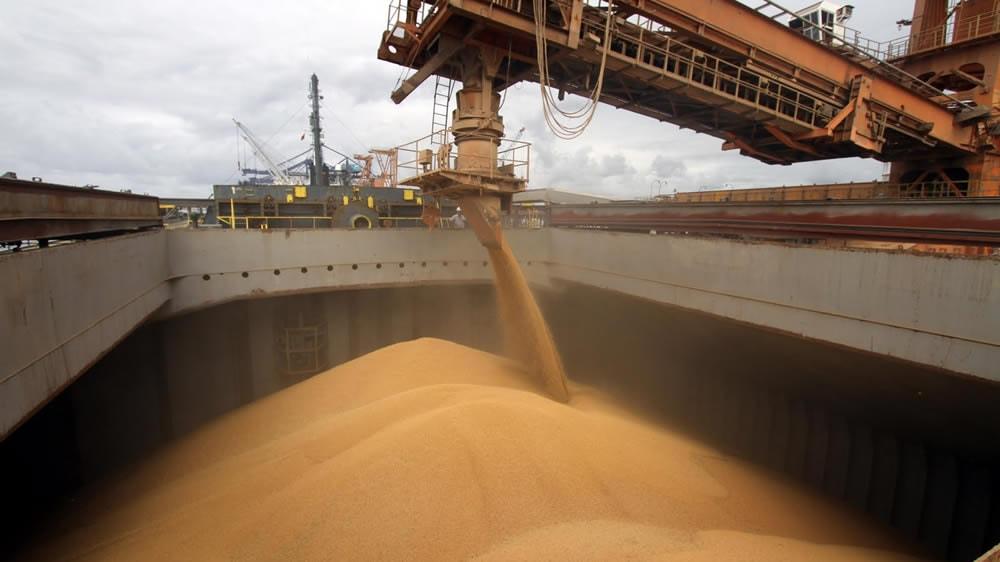 Exportaciones de granos en Argentina