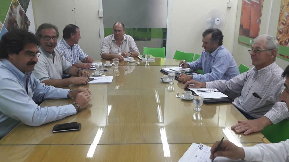 Directores bonaerenses de Federación Agraria Argentina se reunieron con el ministro de Asuntos Agrarios de la provincia de Buenos Aires, Leonardo Sarquís