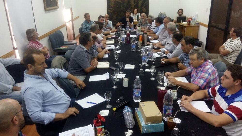 Comisión directiva de FAA en Rosario