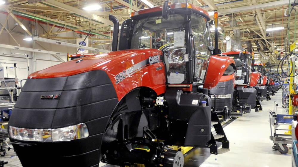 Producción de tractores en fábrica