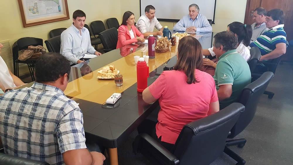 Reunión con ministro de la producción