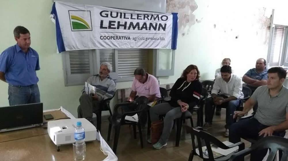Jornada sobre especies forrajeras en Cooperativa guillermo Lehmann
