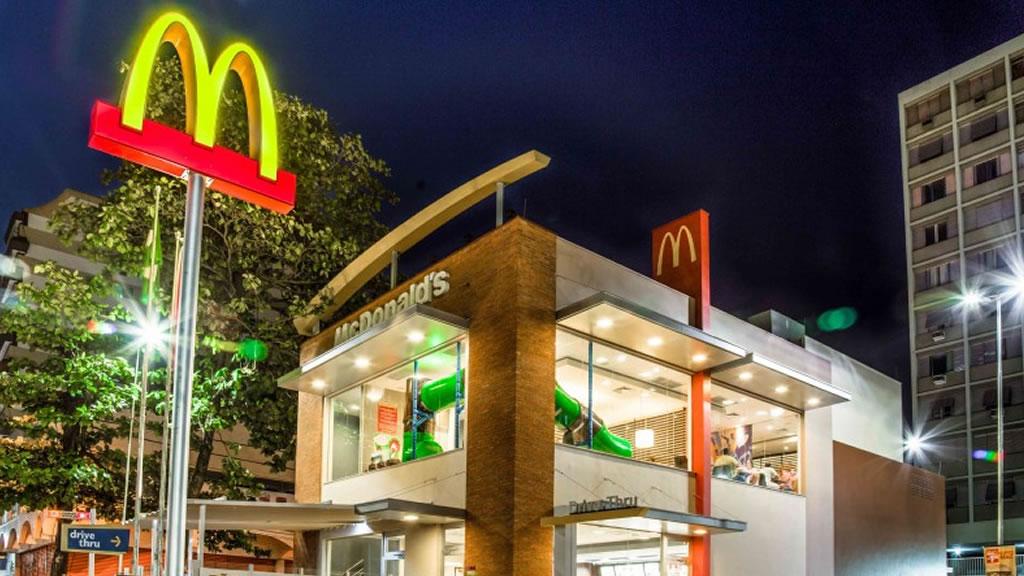 McDonald's apunta a reducir a cero sus emisiones netas de gases de efecto invernadero
